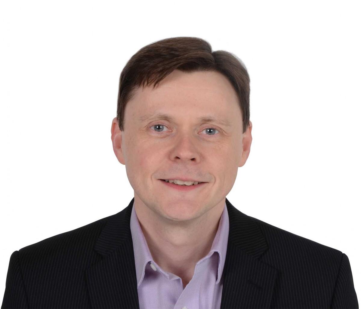 Portrait image of Ian Walker